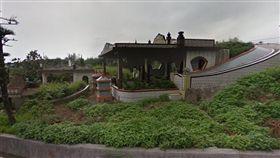新北,金山,溫泉路,火警,公墓,舊式倉庫,墓碑,金山第一公墓(圖/翻攝google)