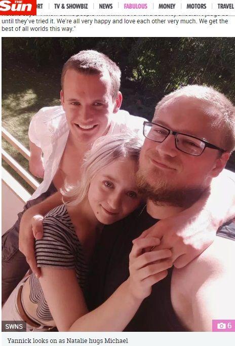 德國一名22歲女子芬可(Natalie Fink)分別和2名男子蓋瑞斯(Yannick Gwarys)、佛萊姆(Michael Flamm)交往,3人天天沉浸在3P世界。特別的是,蓋瑞斯和佛萊姆不會互相嫉妒、抱怨,還打算與芬可結婚生子,即便小孩不是他的親生兒子!(圖/翻攝自太陽報)