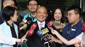 民進黨新北市長參選人蘇貞昌表示,侯友宜應該把文大宿舍爭議釐清,並表示自己不斷接受檢驗。(圖/蘇辦提供)