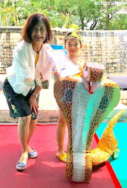 夏日,消暑,壽山動物園,動物,鴯鶓,台北市立動物園,水上吹吹樂,小朋友