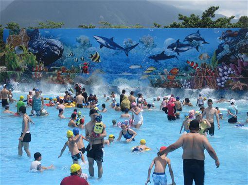 知卡宣綠森林親水公園,戲水區,水樂園。(圖/翻攝自花蓮縣政府FB)
