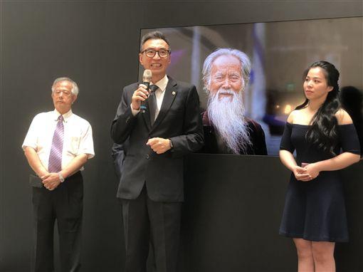 不負銀色年華!知名新加坡攝影家鄭培書 來台開攝影個展