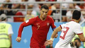 葡萄牙16強賽強碰烏拉圭,C羅須獲隊友力挺。(圖/美聯社/達志影像)