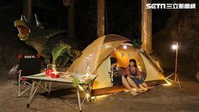 夜宿六福村,帳篷,露營。(圖/六福村提供)