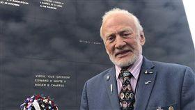 美國,太空人,Buzz Aldrin,月球,爭產,糾紛,子女(圖/翻攝自Buzz Aldrin's twitter)