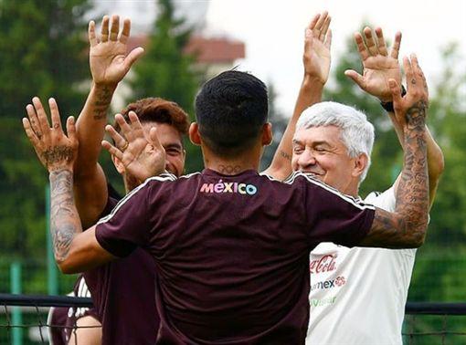 ▲墨西哥總教練歐索尼歐。(圖/取自墨西哥足協IG)