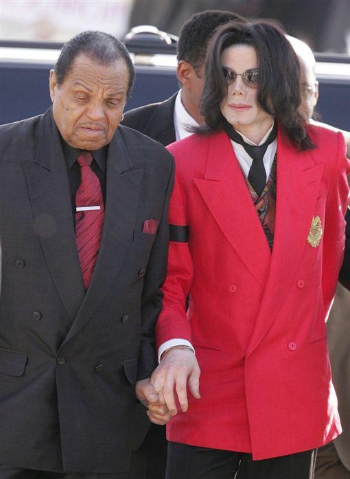 麥可傑克森,Michael Jackson,父親,喬傑克森,Joe Jackson(圖/MJFollower777推特 https://twitter.com/MJFollower777/status/1012053160700137473)