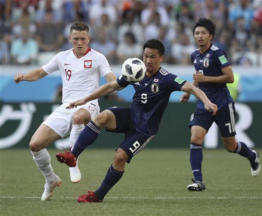 日本球員是本屆世足賽僅剩的東方球員。(圖/美聯社/達志影像)