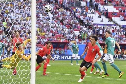 南韓踢出本屆世足賽最大冷門。(圖/美聯社/達志影像)