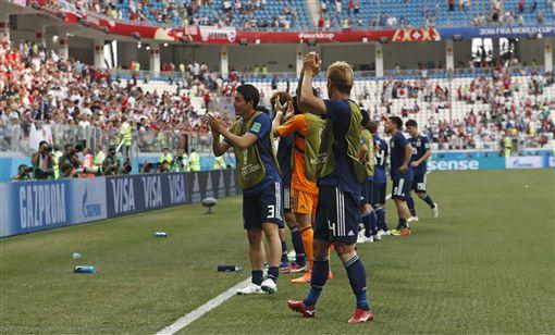 日本落敗但晉級16強。(圖/美聯社/達志影像)