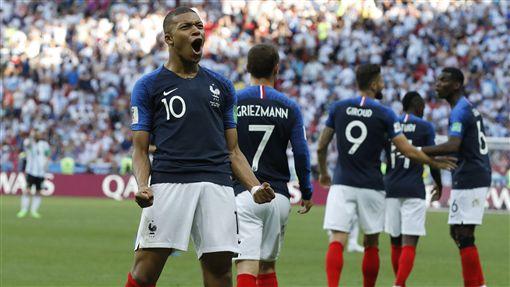 ▲法國球星巴貝下半場攻進2球,面對阿根廷取得領先局面。(圖/美聯社/達志影像)