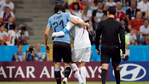 C羅(Cristiano Ronaldo)與Edinson Cavani(圖/路透社/達志影像)