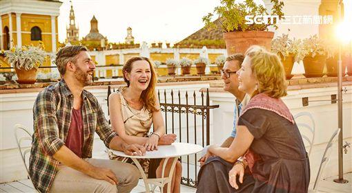 金展旅行社,連假,旅遊,達人,度假,極光 圖/旅行社提供