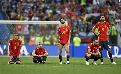 西班牙兵敗俄羅斯(圖/美聯社/達志影像)