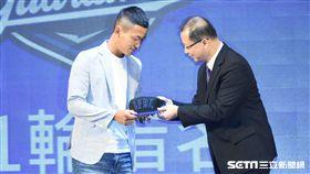中華職棒2018年度選手選拔會,狀元戴培峰。(圖/記者林敬旻攝)