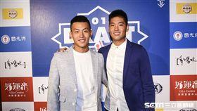 中華職棒2018年度選手選拔會,戴培峰、古林睿煬。 (圖/記者林敬旻攝)