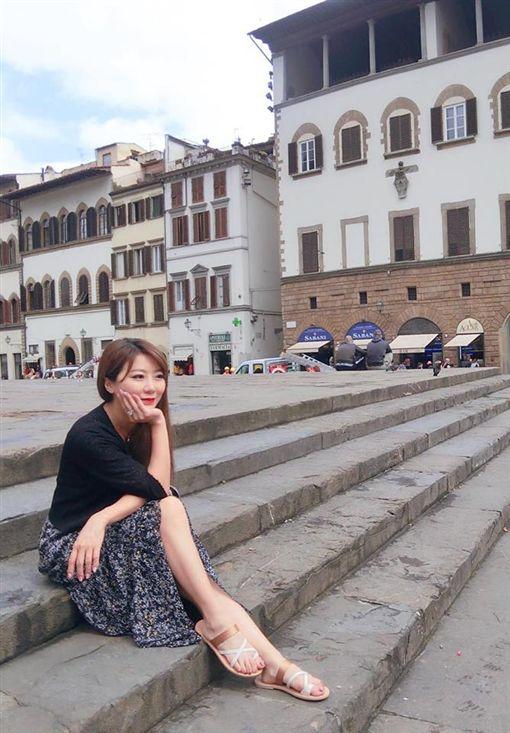 ▲▼42歲的佩甄有台灣好媳婦之稱。(圖/翻攝自臉書)