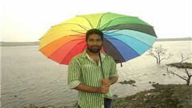 提親被要求「以死證明愛」 印男竟開槍自殺! 圖/翻攝自臉書