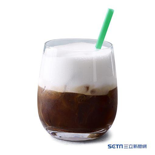 雲朵冰搖濃縮咖啡。(圖/星巴克提供)