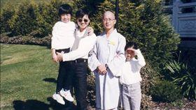 香港資深女星廖安麗的老公在2010年出家。(翻攝YouTube)