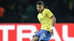 勵志!巴西球星曾差點死在俄羅斯 世足,世界盃,巴西國家隊,Thiago Silva,席爾瓦,肺結核,俄超 https://www.instagram.com/thiagosilva_33/