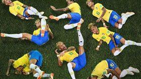 內馬爾,世足賽,校長,禁止,足球,犯規,假摔,滾地,Neymar,演技 圖/翻攝自推特 https://goo.gl/i9gEGX