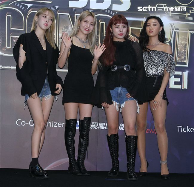 韓國超強美聲女團MAMAMOO。(記者邱榮吉/攝影)