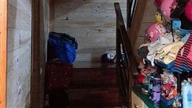 樓梯間驚見「咒怨童」 她嚇呆了…結局竟超展開! 圖/翻攝自爆廢公社
