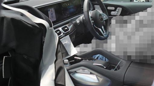 Mercedes-Benz GLE內裝。(圖/翻攝motorbox網站)