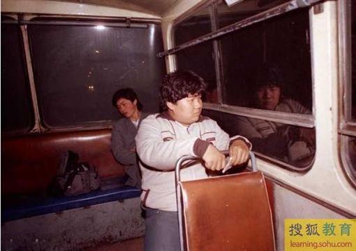 毛新宇年輕照片