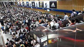 台北,瑪莉亞,捷運,停班停課,忠孝復興,南京復興,忠孝敦化。翻攝畫面