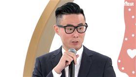 傅俊豪繼承父願上節目推行安樂死。(圖/東風衛視提供)