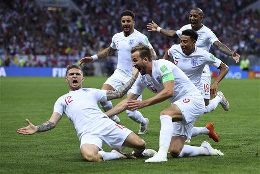 特里皮爾靠自由球為英格蘭破門進球。(圖/美聯社/達志影像)