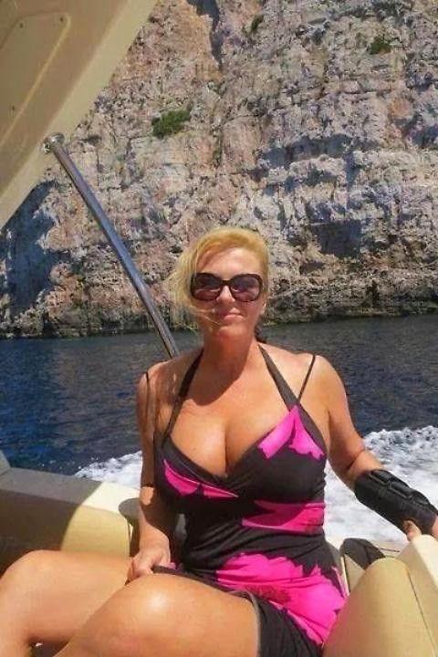 世足,克羅埃西亞,Kolinda Grabar-Kitarovic,比基尼,Coco Austin(圖/翻攝自網路)
