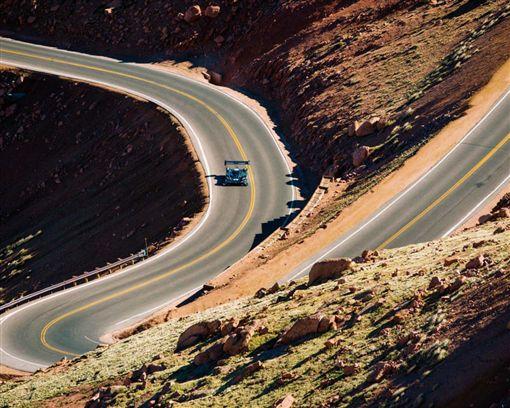 睽違31年重新參戰VW挑戰Pikes Peak登山賽最高殿堂(圖/車訊網)