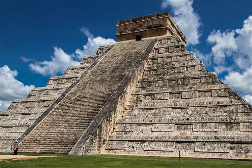 阿茲特克金字塔(Aztec pyramid)圖/pixabay