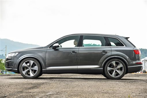 (車訊網/業配)全能運動好手 Audi SQ7 TDI
