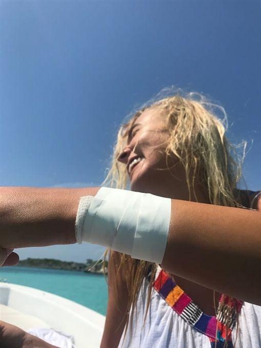 巴哈馬,Katarina Zarutskie,鉸口鯊,觀光,危險,旅遊 圖/翻攝自buzzfeed