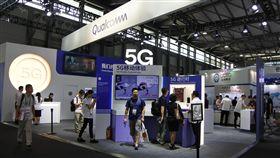 2018上海MWC 多家廠商主打5G2018 MWC上海世界移動大會上,包括美商高通在內的多家廠商主打5G相關的通訊服務體驗。中央社記者張淑伶上海攝  107年6月27日
