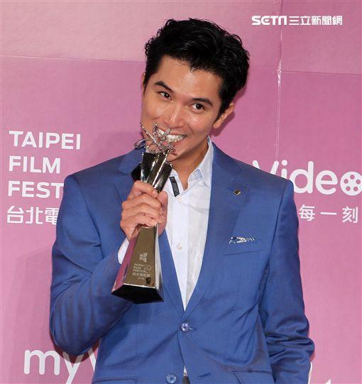 2018第20屆台北電影獎頒獎典禮,邱澤獲得最佳男主角獎。(記者邱榮吉/攝影)