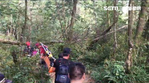美籍登山客松羅湖失足 宜蘭警消火速救援(圖/翻攝畫面)