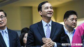 新北市長朱立倫出席民進黨新北市議會幹部交接。 圖/記者林敬旻攝