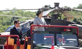 總統蔡英文親自主持「阿帕契全作戰能力」成軍典禮。(記者邱榮吉/龍潭拍攝)