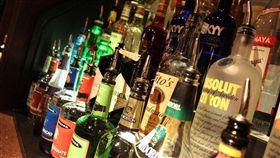 酒瓶,酒精,喝酒(圖/翻攝自pixabay)