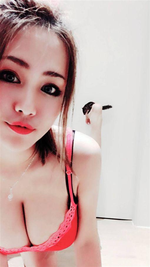I級艷后,洪蓉(圖/翻攝自臉書) ID-1454904