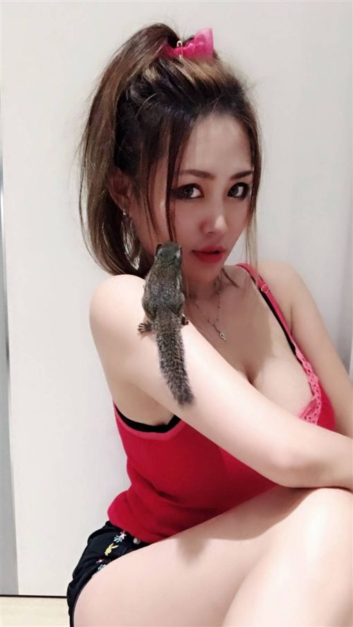 I級艷后,洪蓉(圖/翻攝自臉書) ID-1454905