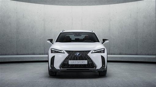 Lexus UX休旅車。(圖/翻攝Lexus網站)