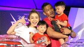 8月3日台北訊 黑人陳建州泛泛全家出席 【Cars 3 閃電再起】中文首映記者會