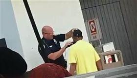 佛羅里達州,員警,面試,街友,門面(圖/翻攝自City of Tallahassee Police Department 臉書)