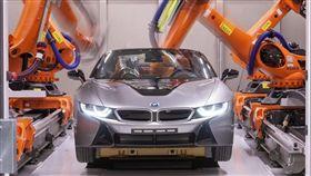 BMW研發世界第一座汽車斷層掃描儀。(圖/翻攝BMW網站)